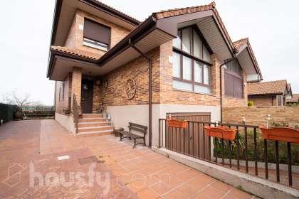 Casa en venta en Calle Pinar de Abantos
