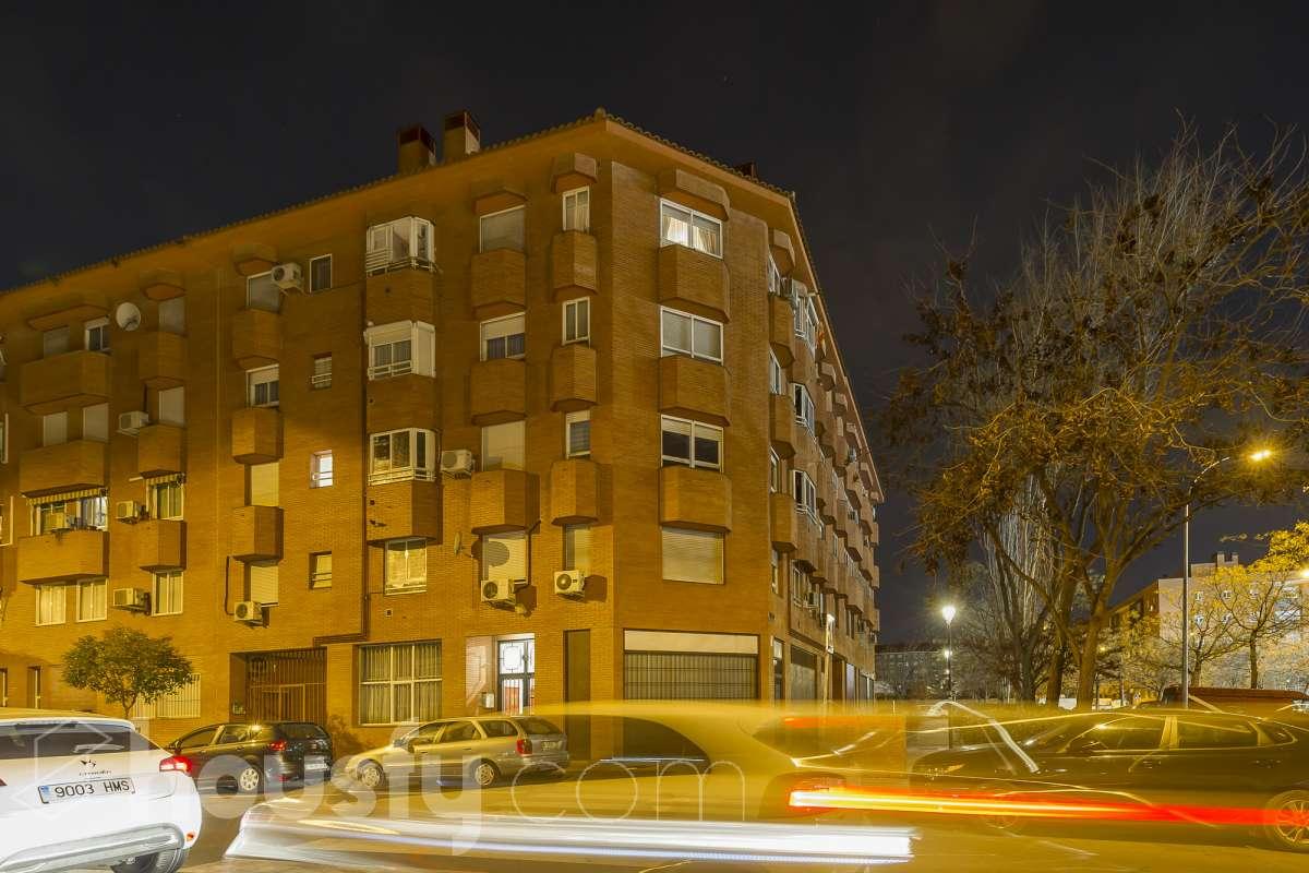 inmobiliaria housfy vende piso en Calle de la Unanimidad
