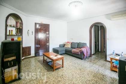 inmobiliaria housfy vende piso en Calle Azorín
