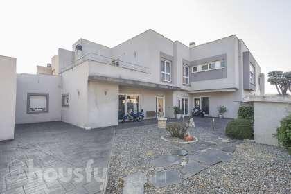 Casa en venta en Calle Prados del Castrillo