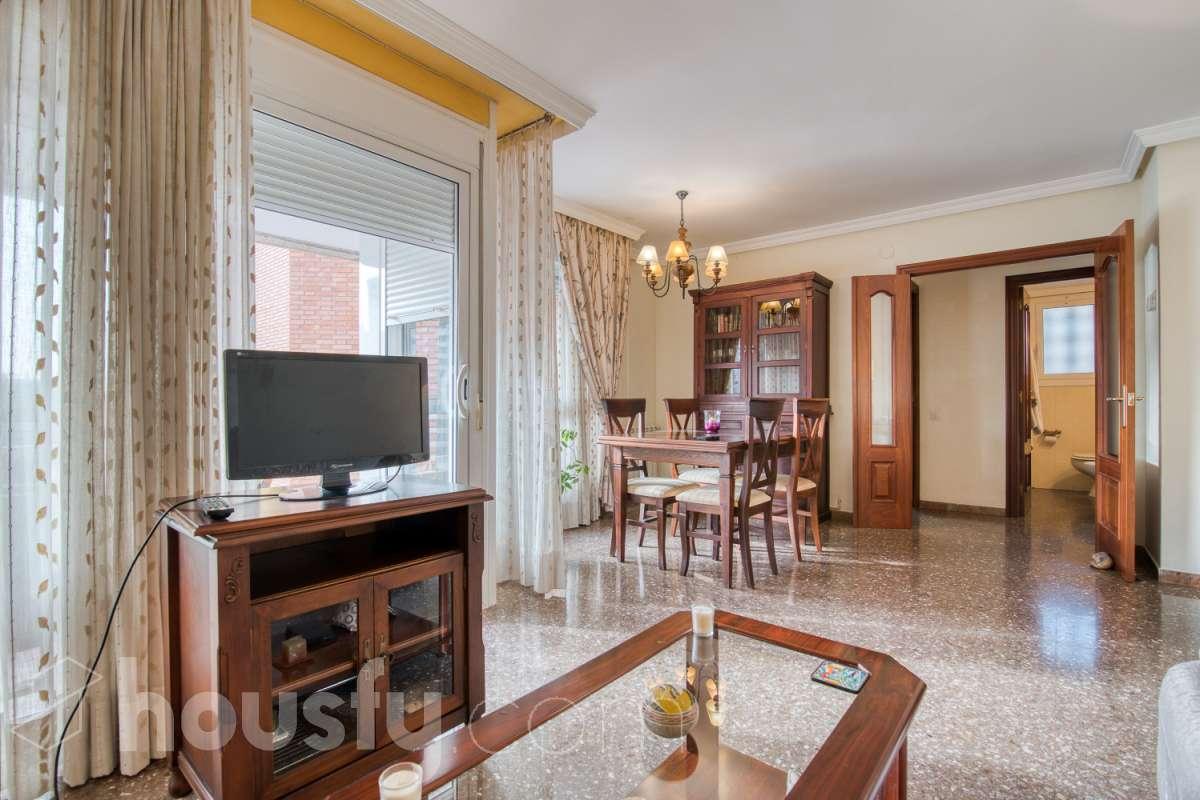 inmobiliaria housfy vende piso en Carrer de Vidal i Barraquer