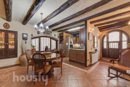 Casa en venta en Carrer de la Salut
