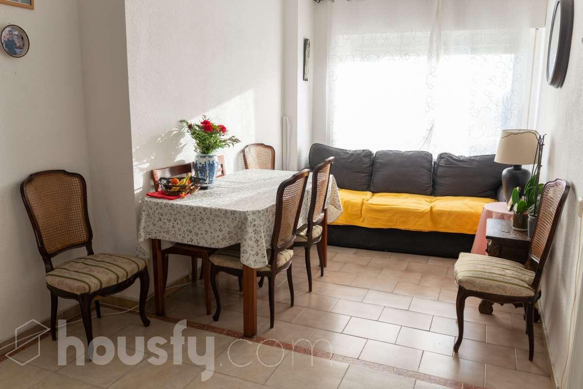 inmobiliaria housfy vende piso en Calle de la Jabonería