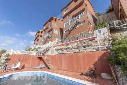 Casa en venta en Urbanización Vallirana Parc Carrer Lledoner