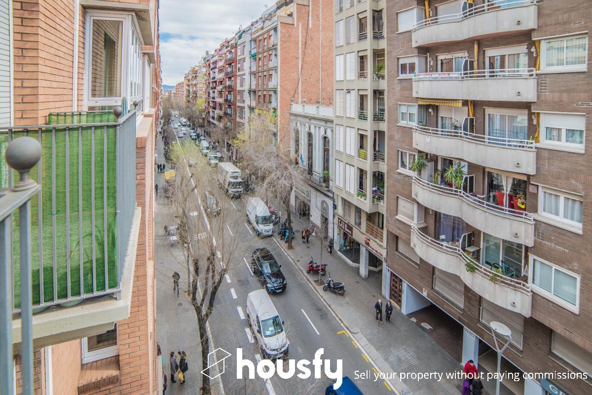 inmobiliaria housfy vende piso en Calle Mallorca