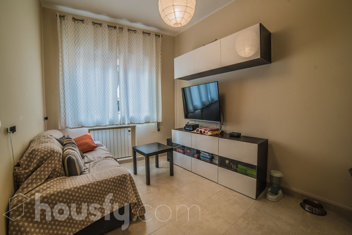 inmobiliaria housfy vende piso en Calle Casals I Cubero