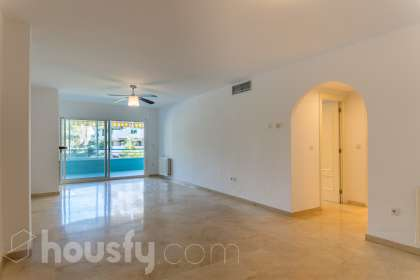 inmobiliaria housfy vende piso en Urbanización Guadalmina Alta, Marbella