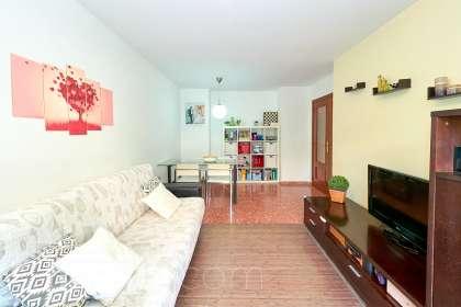 inmobiliaria housfy vende piso en Calle José Ramón Pomares