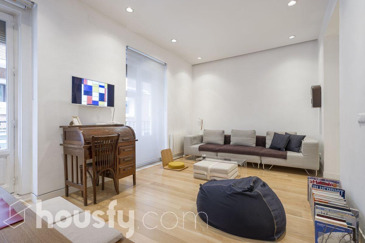 inmobiliaria housfy vende piso en Calle Sagunto