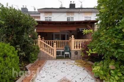 Casa en venta en Calle Lago de Bañolas