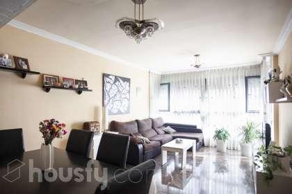 inmobiliaria housfy vende piso en Carrer de Veneçuela