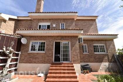 Casa en venta en Calle Azores