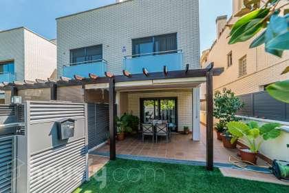 Casa en venta en Carrer Penedès