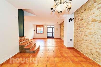 inmobiliaria housfy vende casa en Calle Nueva Alta