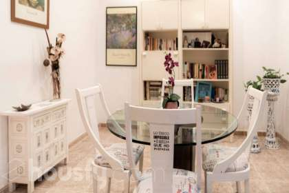 inmobiliaria housfy vende piso en Carrer Ricard Ankerman