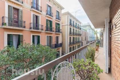 Piso en venta en Carrer de Josep Anselm Clavé
