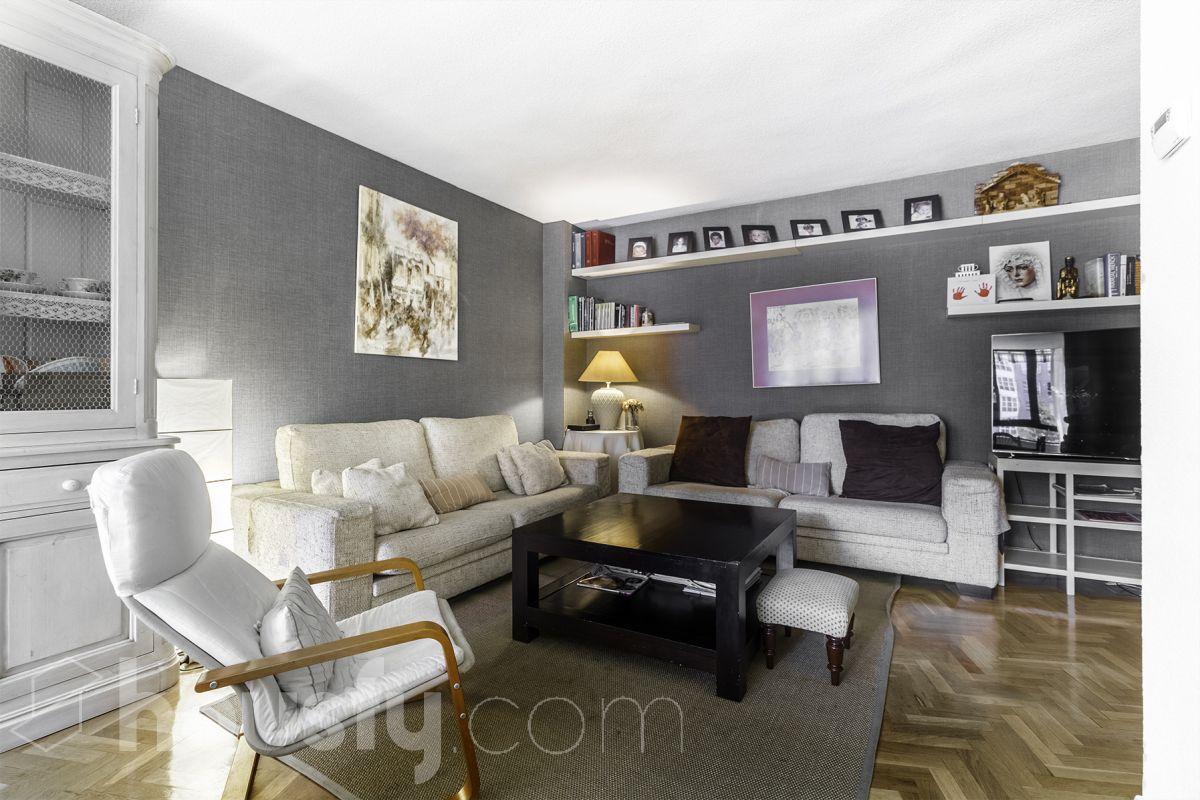 inmobiliaria housfy vende piso en Avenida Pio XII 97