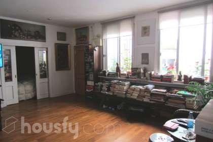 inmobiliaria housfy vende piso en Calle Madera