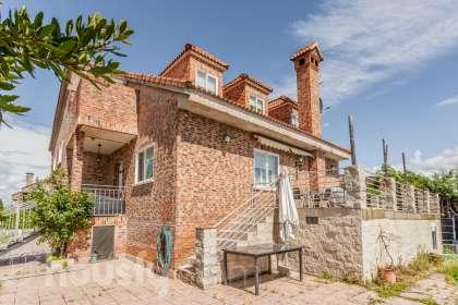 Casa en venta en Calle Castellón