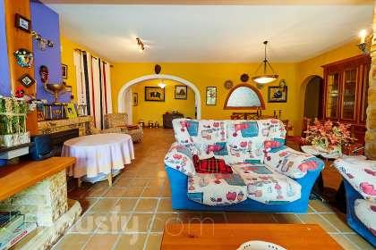 Casa en venta en Carrer Vall de Tabernes