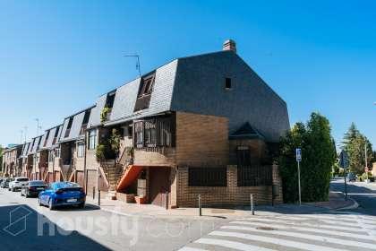 Casa en venta en Calle Morella