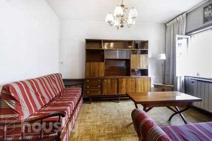 inmobiliaria housfy vende piso en Calle Pan Y Toros