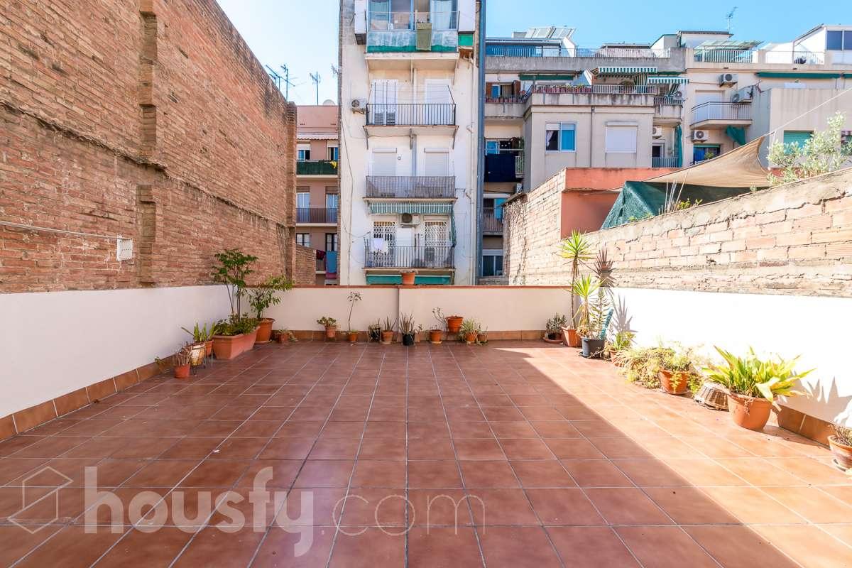 inmobiliaria housfy vende piso en Calle Canalejas