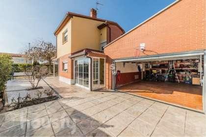 Casa 4 habitaciones en Boecillo