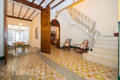 Casa en venta en Carrer Torres Orduña