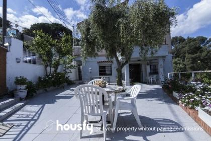 inmobiliaria housfy vende piso en Calle Vacarisses