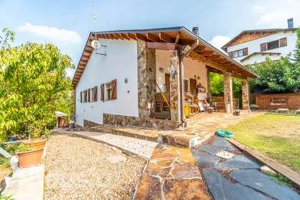 Casa en venta en Carrer Xampinyó