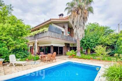 Casa en venta en Carrer Mestre Arrieta