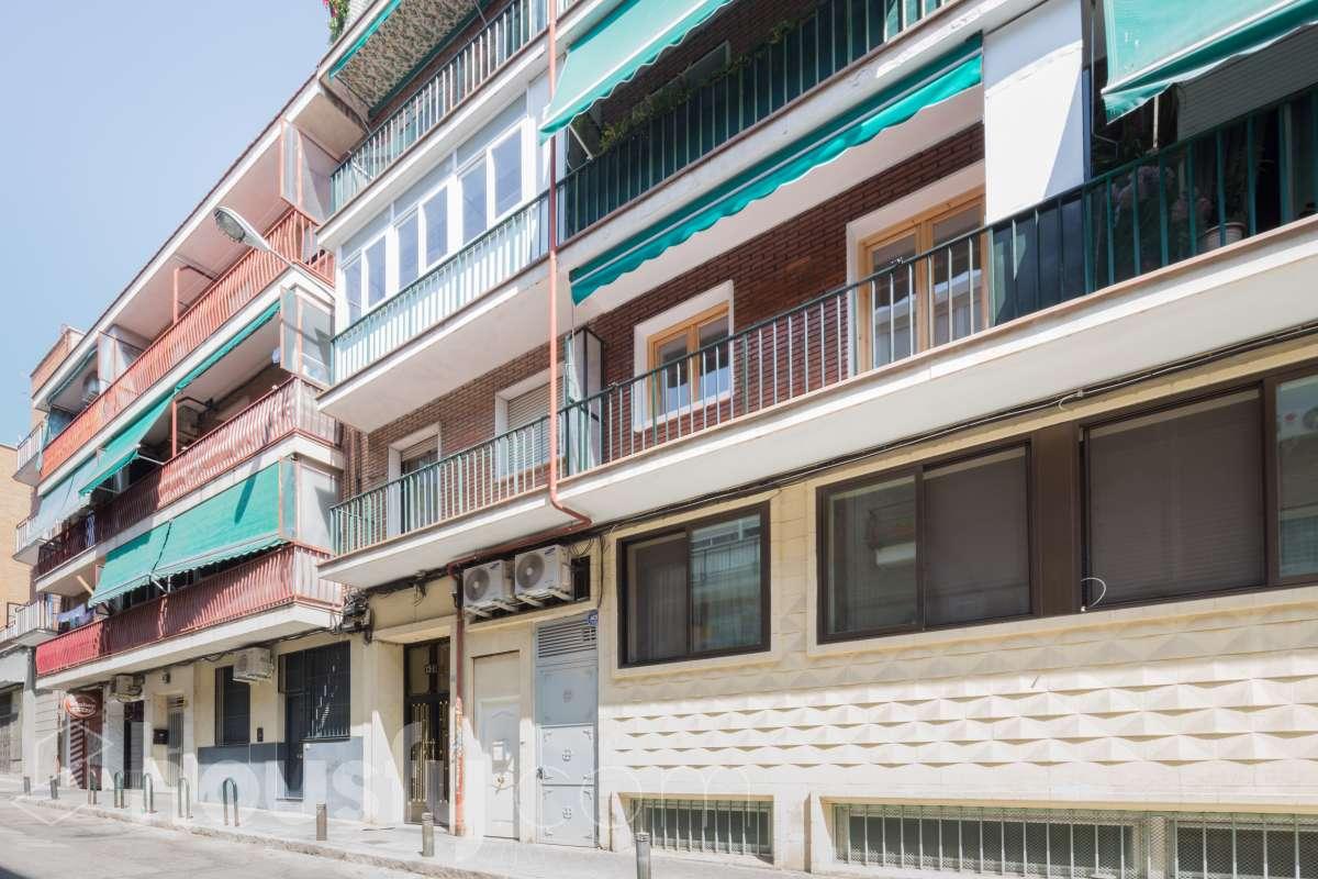 Compra Piso en Calle Sor Maria De Agreda