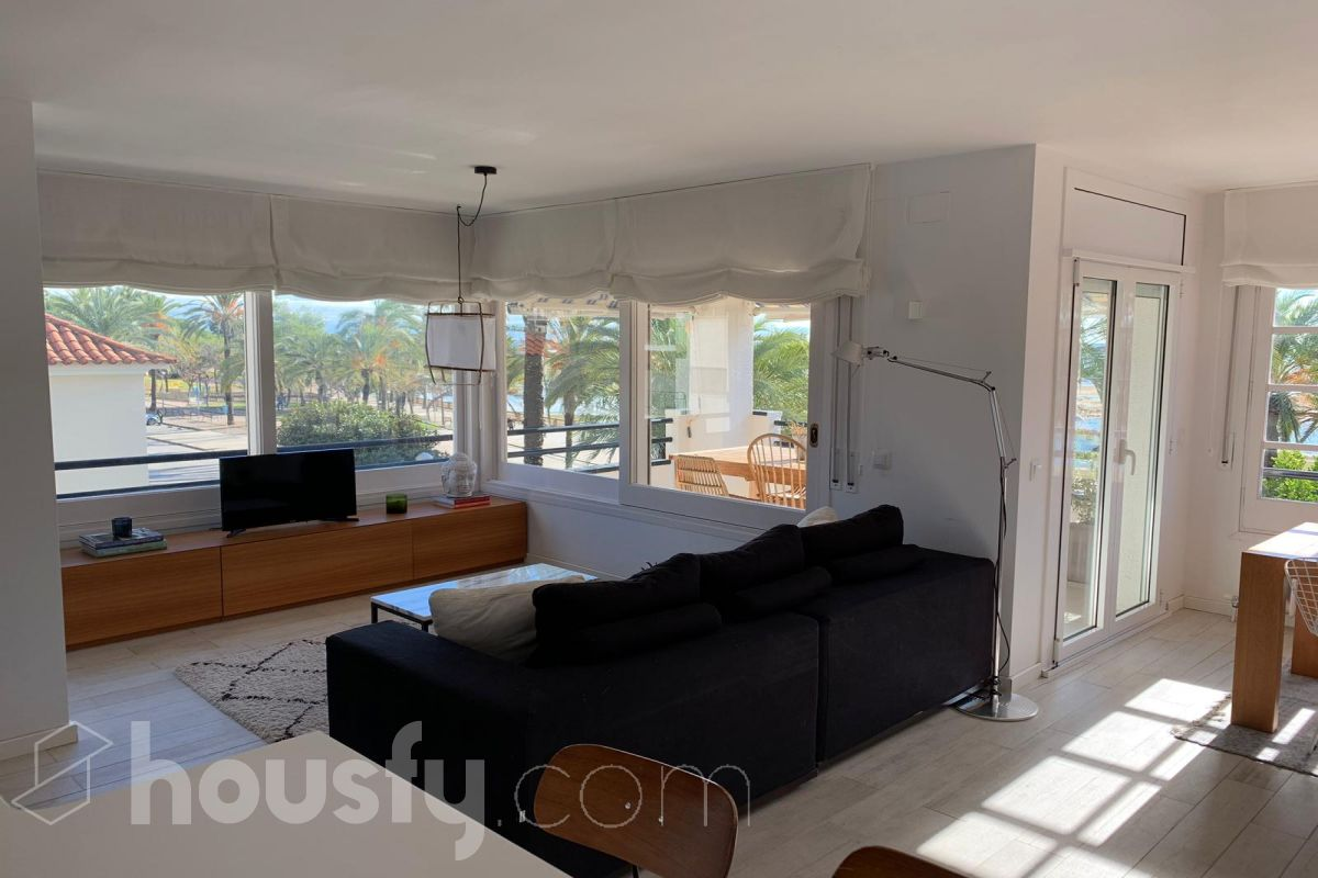 inmobiliaria housfy vende piso en Paseo Ribes Roges