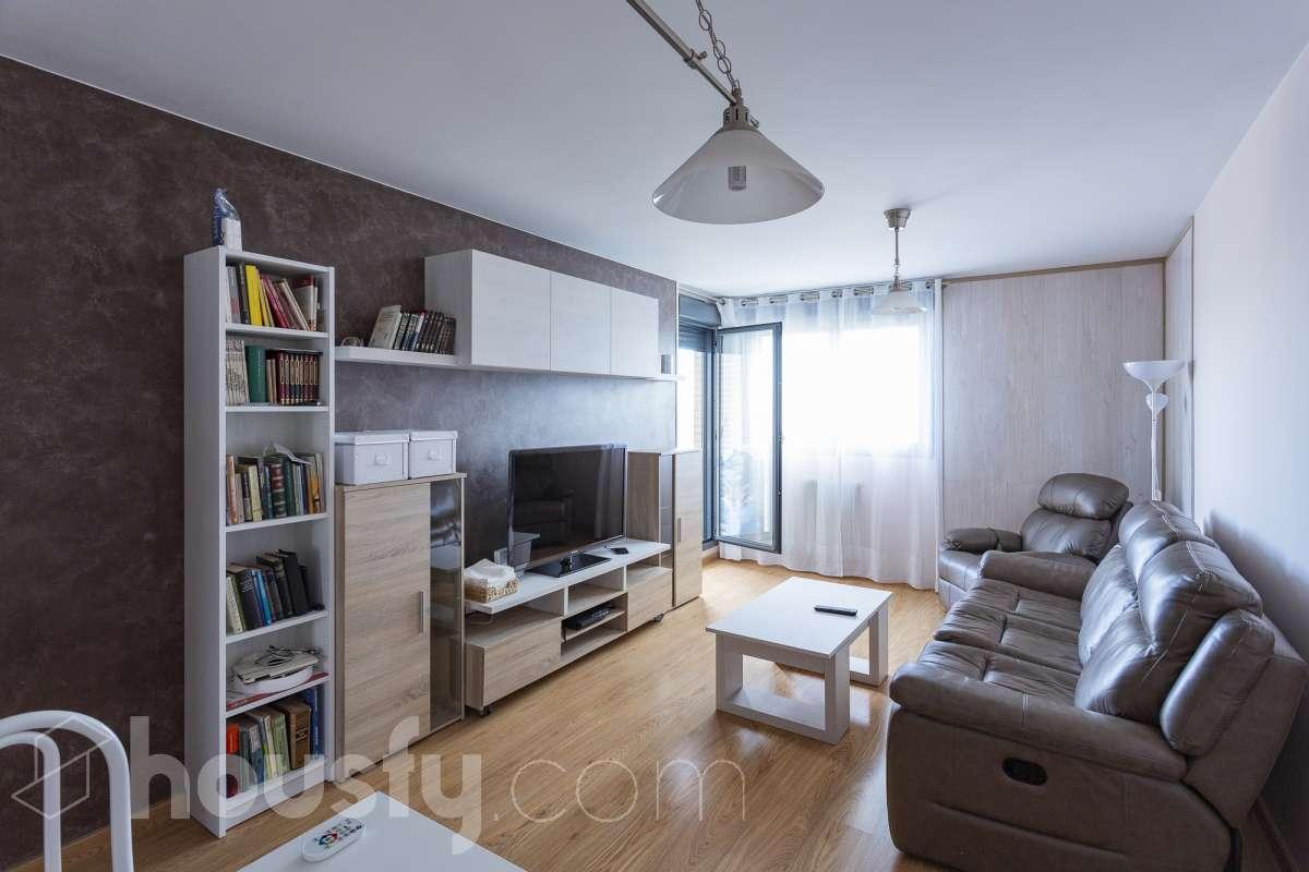 inmobiliaria housfy vende piso en Calle Rincon Del Cielo