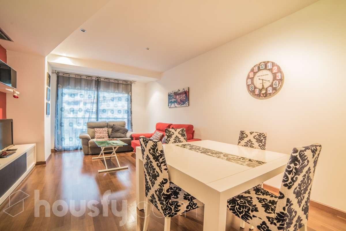 inmobiliaria housfy vende piso en Calle Marques De Sentmenat