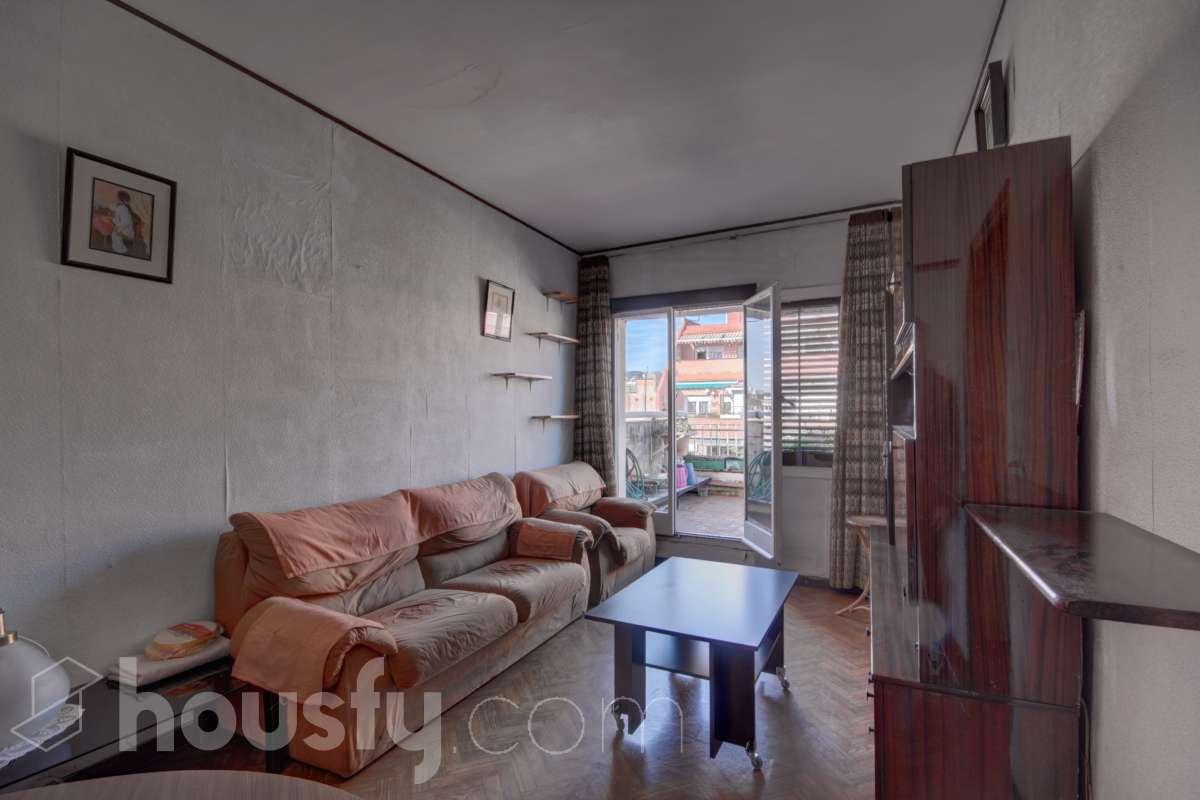 inmobiliaria housfy vende atico en Calle Mallorca