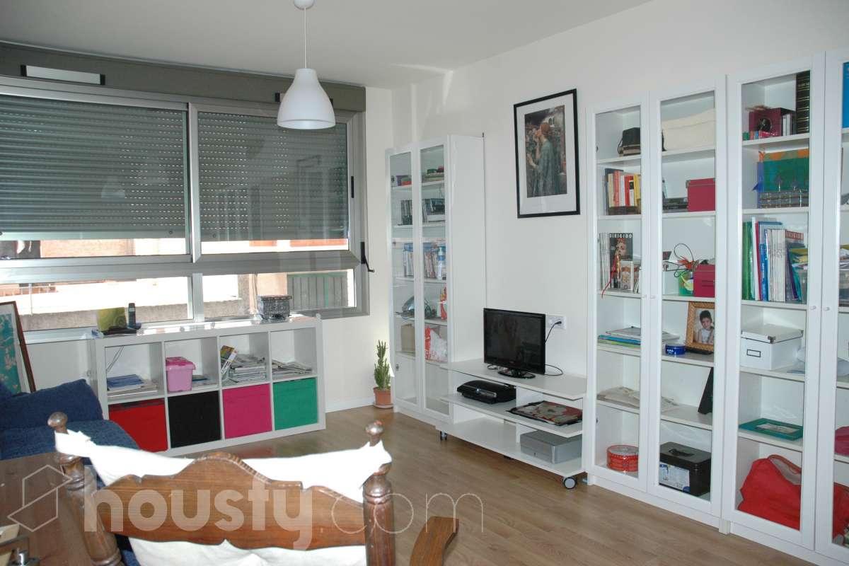 inmobiliaria housfy vende piso en Calle Escultor Noguera Valverde