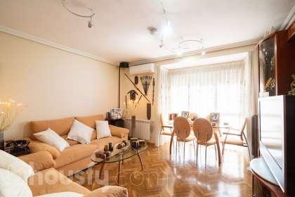 inmobiliaria housfy vende piso en Calle Capri