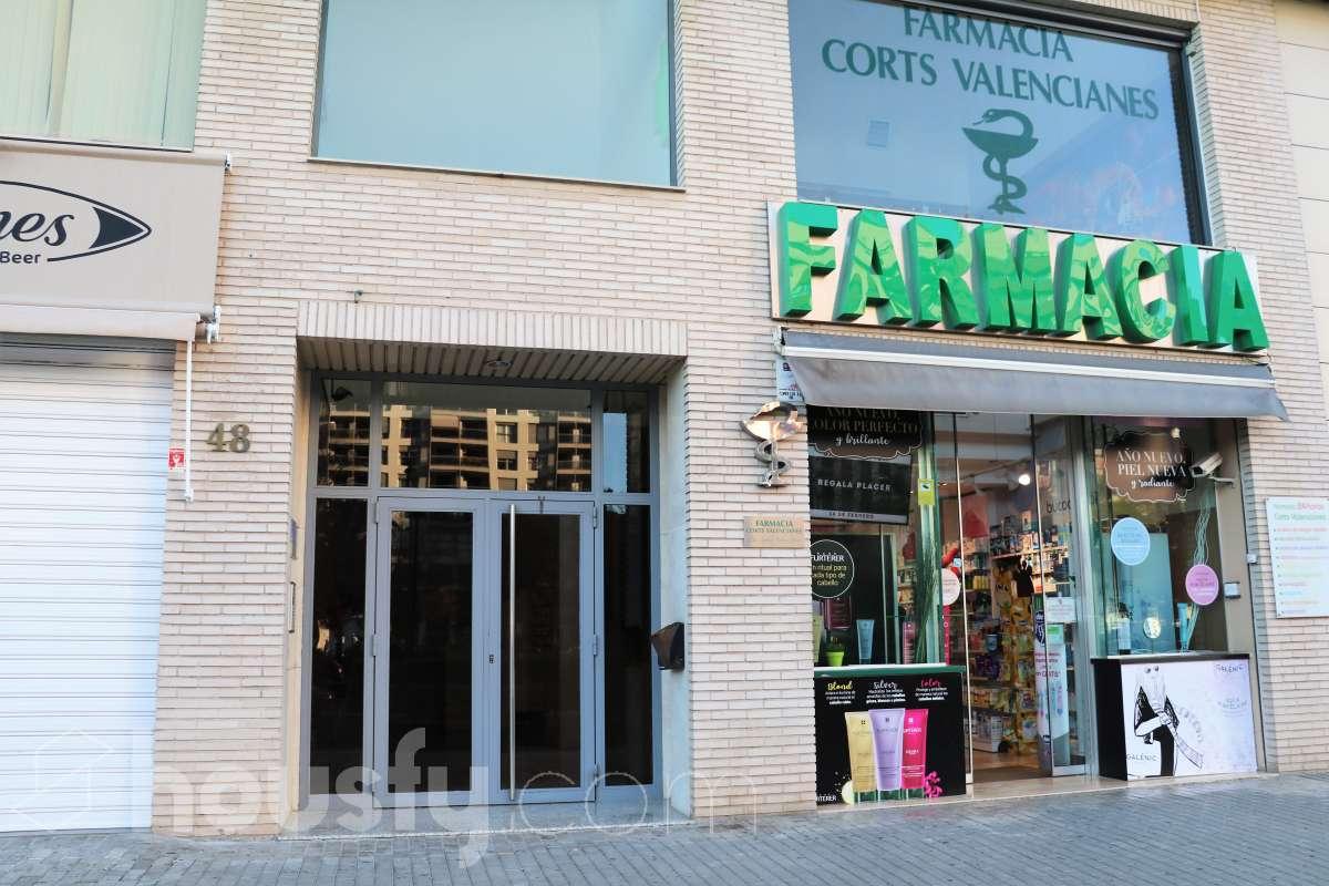 Compra Piso en Avinguda de les Corts Valencianes