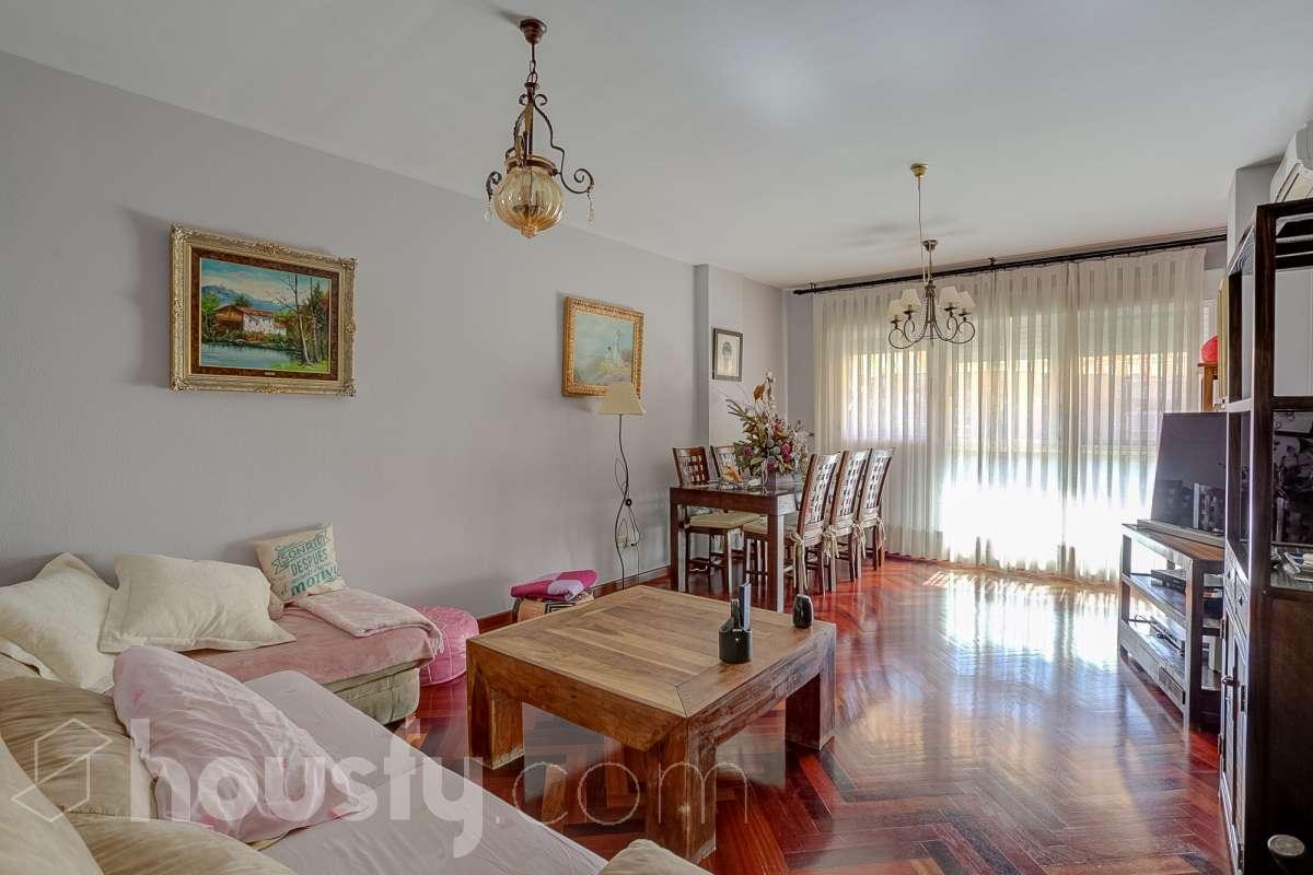 inmobiliaria housfy vende piso en Calle José Llopis Diez