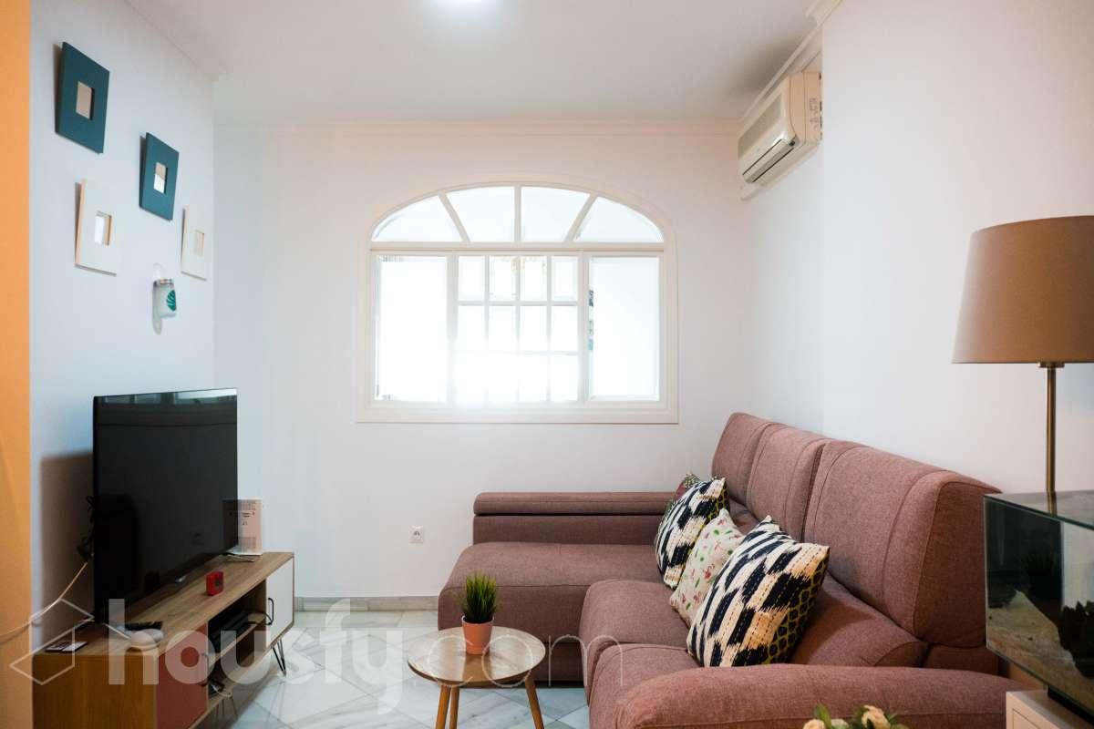 inmobiliaria housfy vende piso en Calle Florencio Quintero