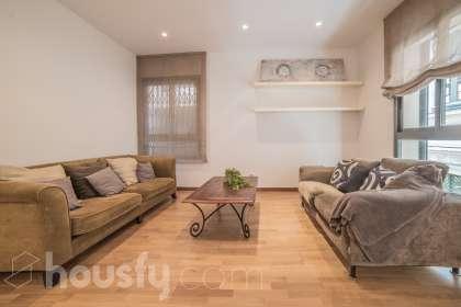 inmobiliaria housfy vende piso en Calle Verdaguer I Callis