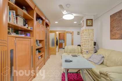 inmobiliaria housfy vende piso en Avinguda de Jubalcoi