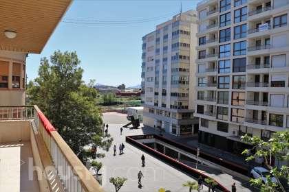 inmobiliaria housfy vende piso en Passeig de les Germanies