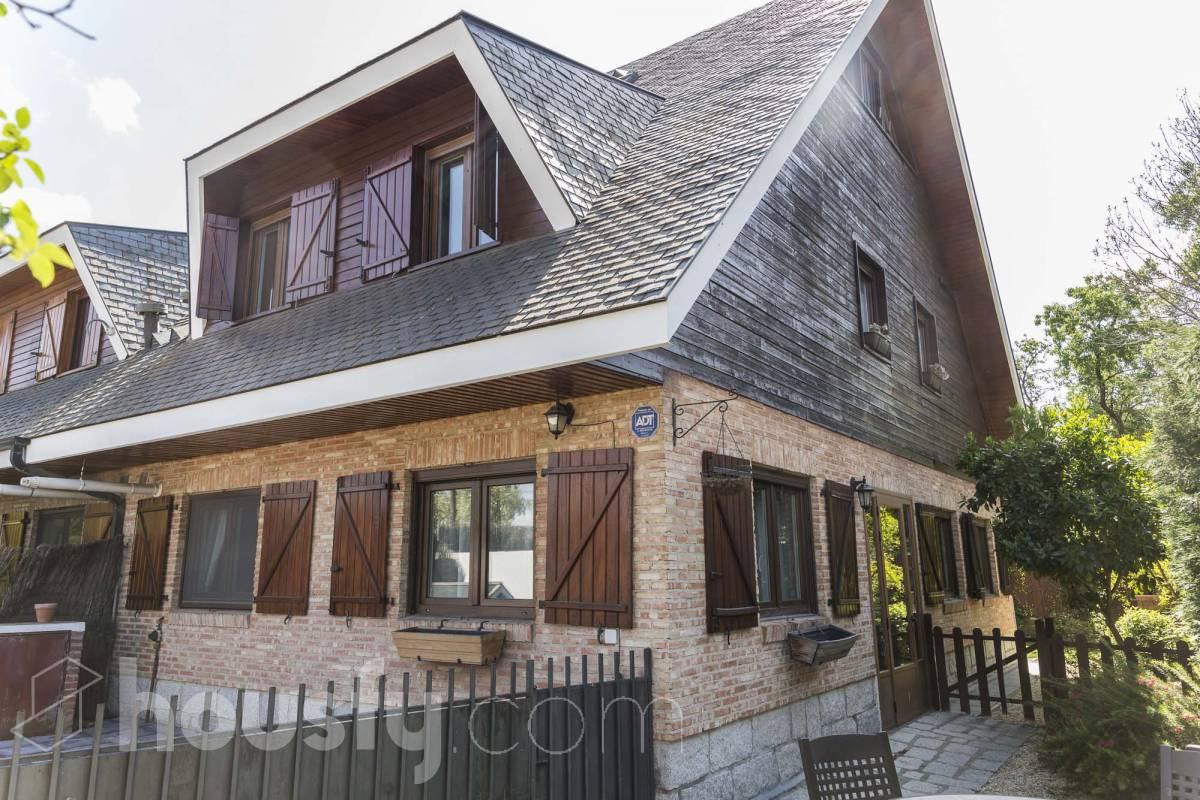 inmobiliaria housfy vende casa en Camino de los Malatones