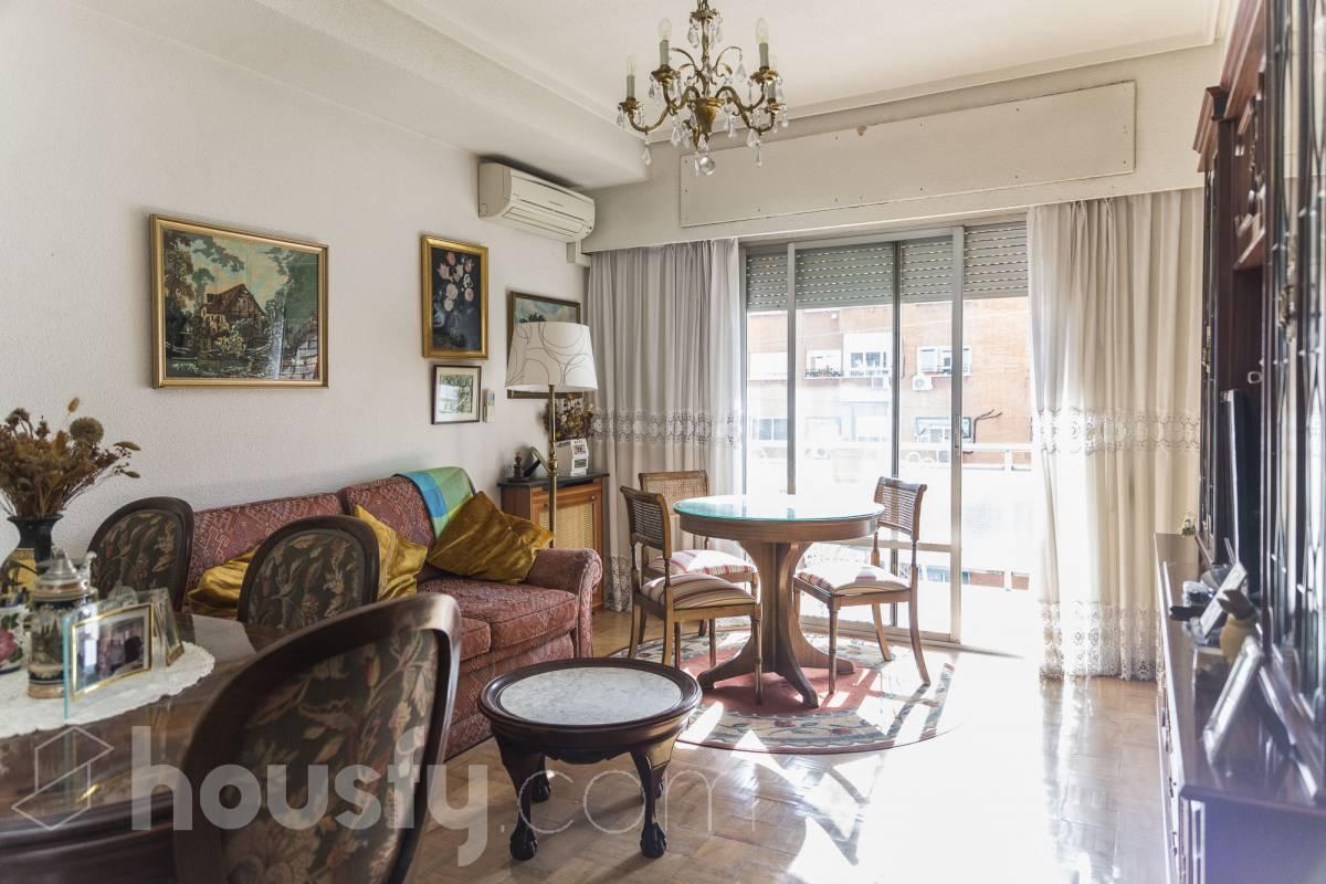 inmobiliaria housfy vende piso en Calle de Galileo