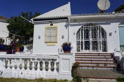 Casa en venta en Calle de las Encinas
