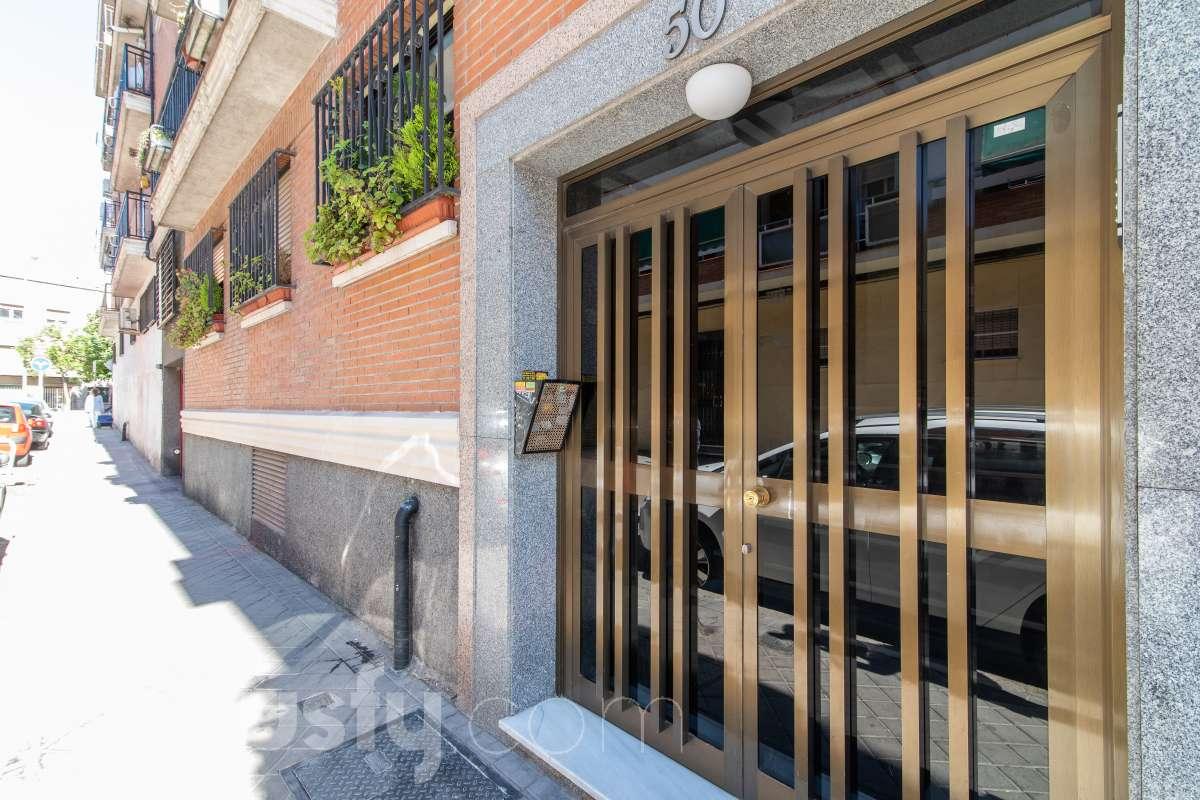 Compra Piso en Calle Sor María de Ágreda