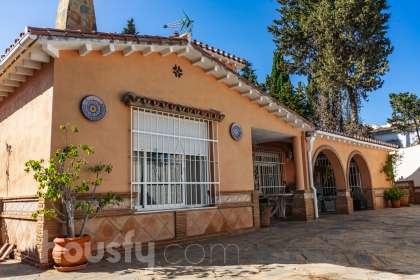 Casa en venta en Calle Malagueña